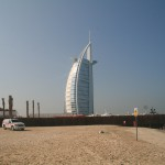 """Sejlet"" i Dubai. Verdens eneste 7 stjernet hotel."